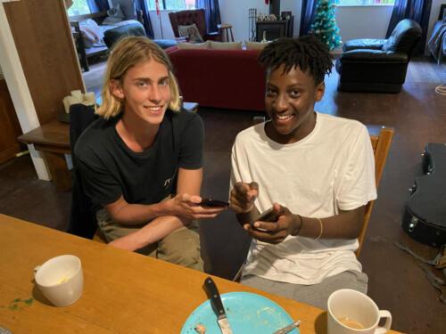 Julian-Munyard-and-Bakani-Kombani-Relaxing-at-Home-2019